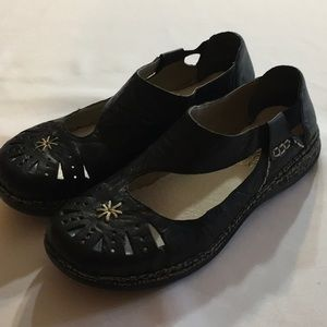Rieker AntiStress Style Black Embroidered Shoe 11